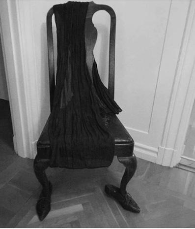 Mfd Instagram chaise habillée