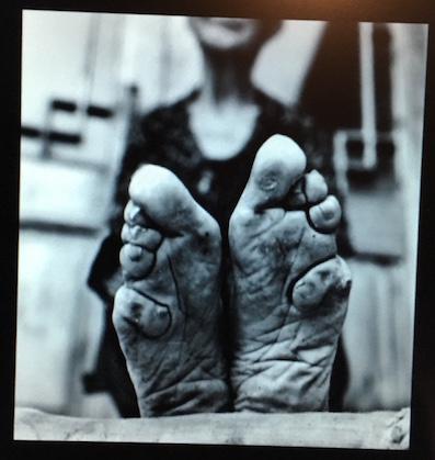 Zhao Hua Hong pieds